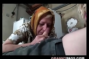 Busty Granny Share Grandpa'_s Cock Close to A Teen