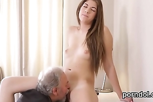 Lovely bookworm gets seduced increased by screwed by her elderly instructor