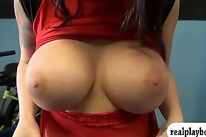 Huge boobs woman drilled for some cash