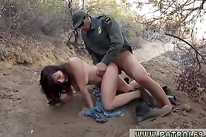Messy lipstick blow job xxx Mexican border patrol agent has his own