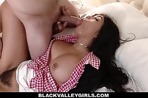 BlackValleyGirls- Teen Fucks White Boyfriend Behind Her Daddy'_s Back