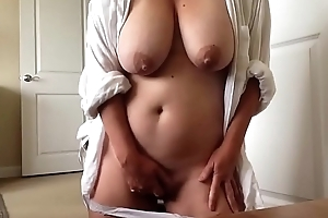 Busty BBW from yoursexcam69com showing off