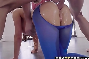 Brazzers - Big Wet Butts - Pantyhose Playtime scene starring Nikki Benz and Jean Val Jean