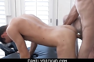 Twink Step Son Fucked By Dad'_s Friend During Massage
